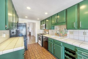2160_Plaza_del_Amo_kitchen4 copy