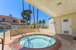 2160_Plaza_del_Amo_pool5 copy